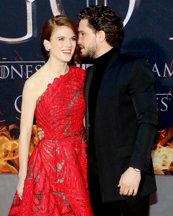 Game of Thrones: with whom are the actors in a relationship?